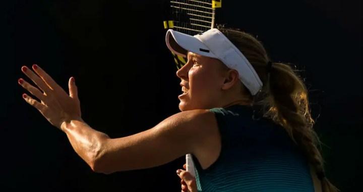 Caroline Wozniacki leaves the tournament in Miami