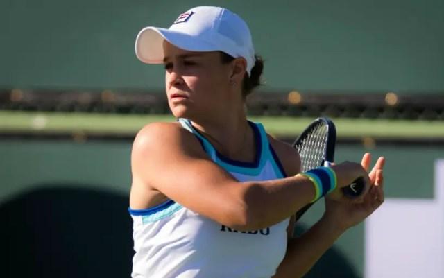 Miami Ashleigh Barty beat Dayana Yastremska