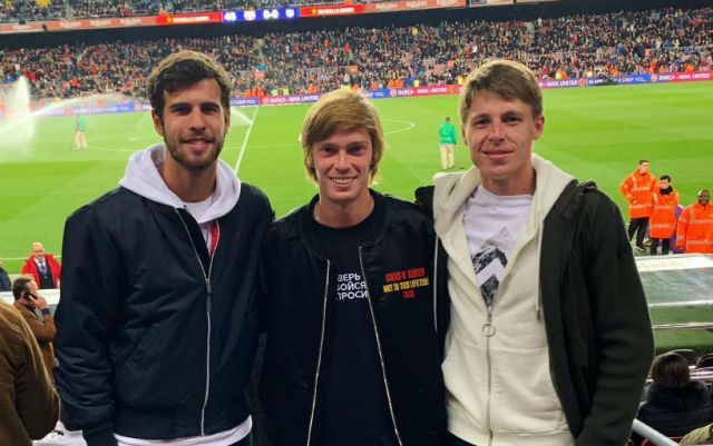 Khachanov and Rublev attended a football match in Barcelona