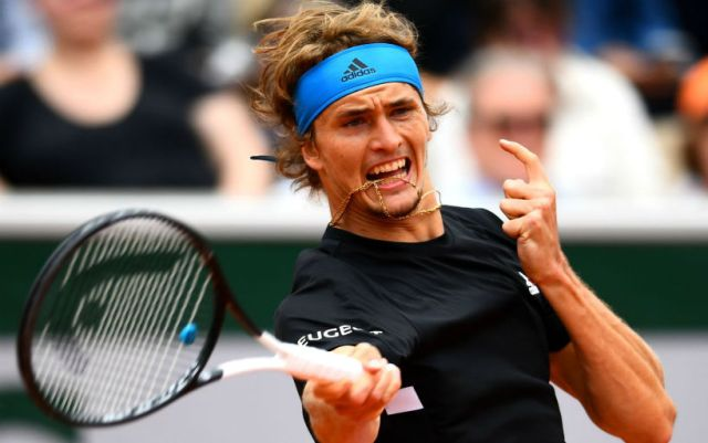 "Alexander Zverev won the third round of ""Roland Garros"""