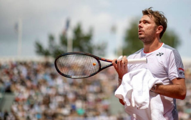 Stan Wawrinka asked for advice on the relationship with the girl