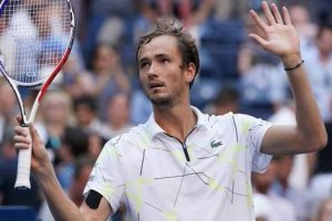 Stan Wawrinka vs. Daniil Medvedev | US Open 2019 Quarter-Final Highlights