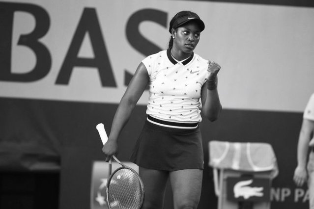 Who is Sloane Stephens coach?