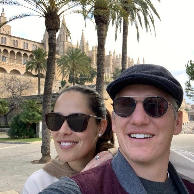 Ana-Ivanovic-and-Bastian-Schweinsteiger in Spain