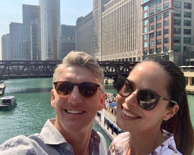 Bastian-Schweinsteiger-and-Ana-Ivanovic-in-Chicago