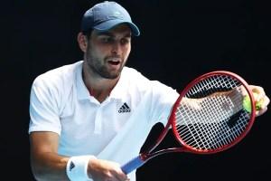 Who is Aslan Karatsev's coach? Let's find all details