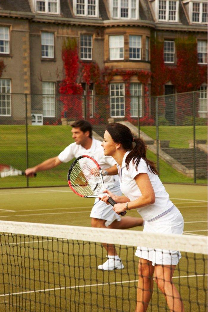 tennis-tourist-gleneagles-tennis-outdoors-courtesy-gleneagles