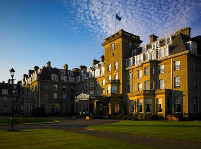 tennis-tourist-gleneagles-hotel-exterior-front-courtesy-gleneagles