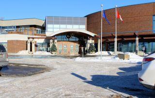tennis-tourist-calgary-winter-club-entrance-wide-teri-church