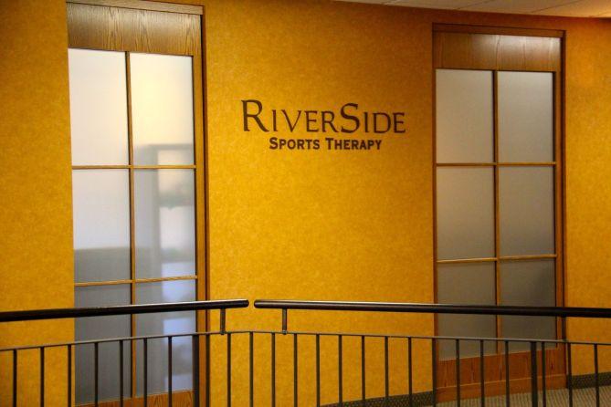 tennistourist-riverside-club-calgary-sports-therapy-clinic-teri-church
