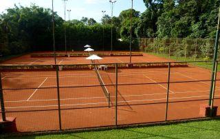 tennis-tourist-iguazu-grand-hotel-tennis-courts-argentina-tennis-teri-church