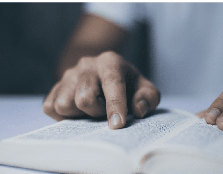 45 Must-Read Proverbs to be a Proverbs 31 Woman – The Bible in Lent: Day 19