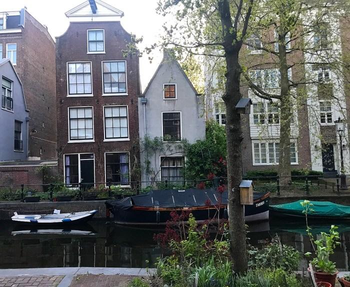 Strolling along a canal in Jordaan