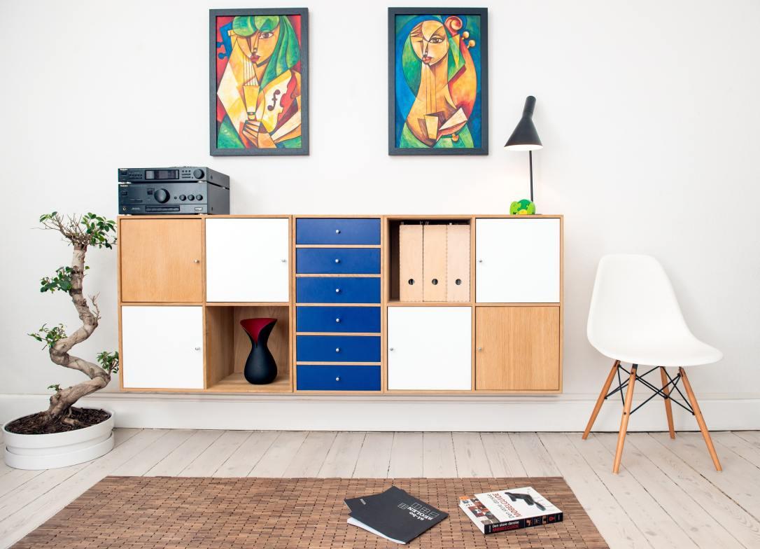 architecture-cabinets-carpet-245208.jpg