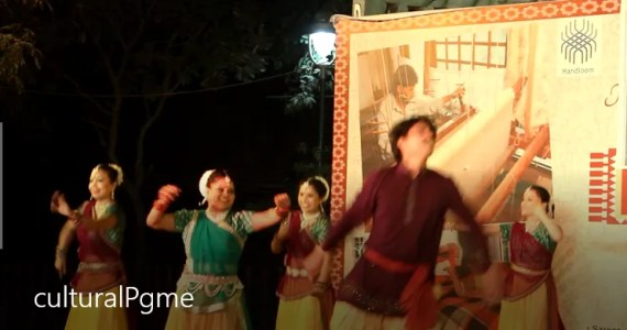 cultural program at dilli haat