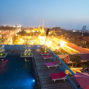 Phnom Pehn Hotel 1