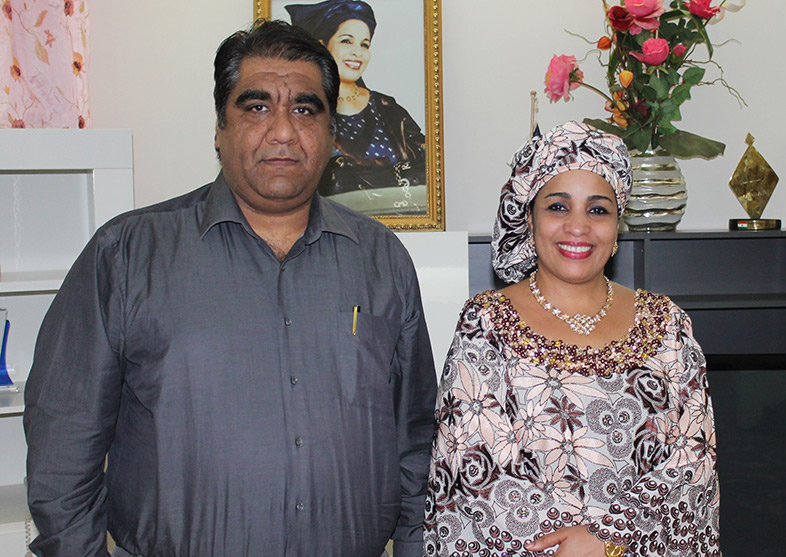 The Hon'ble First Lady of Niger with the CEO