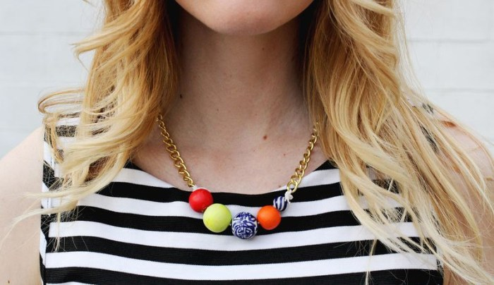 beaded-statement-necklace