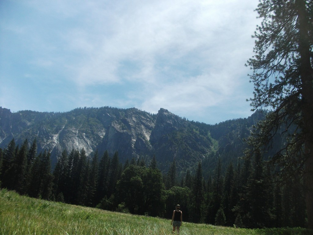 View of the mountain range in Yosemite