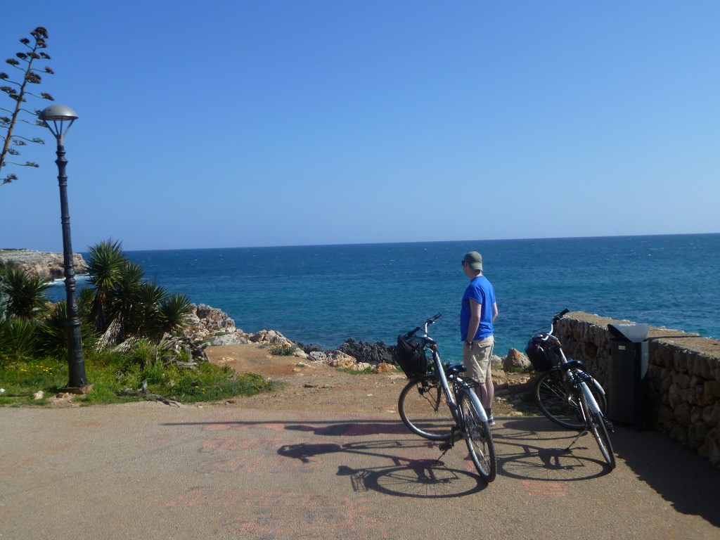 The coastal route cycling S'Illot to Morlanda