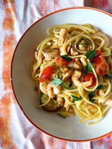 Linguine with prawns, salmon and courgette