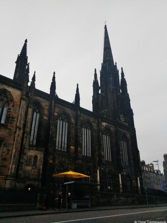 church next door - castle rock hostel review