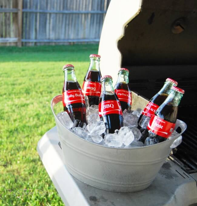 Make Your Own Galvanized-like Mini Tubs from the dollar store! @CocaCola #ShareACoke #ad | The TipToe Fairy