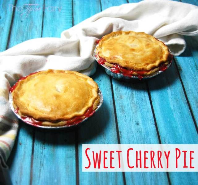 Sweet Cherry Pie with SPLENDA®.  Learn about SWEET SWAPS™ for less added sugar! #SweetSwaps #IC #ad | The TipToe Fairy
