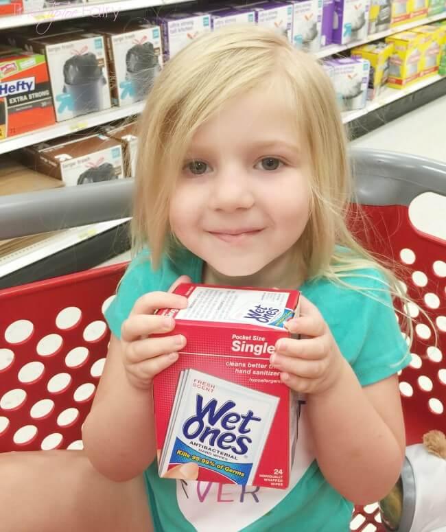 20 Lunch Box Ideas with Wet Ones® Singles #WishIHadAWetOnes #ad | The TipToe Fairy