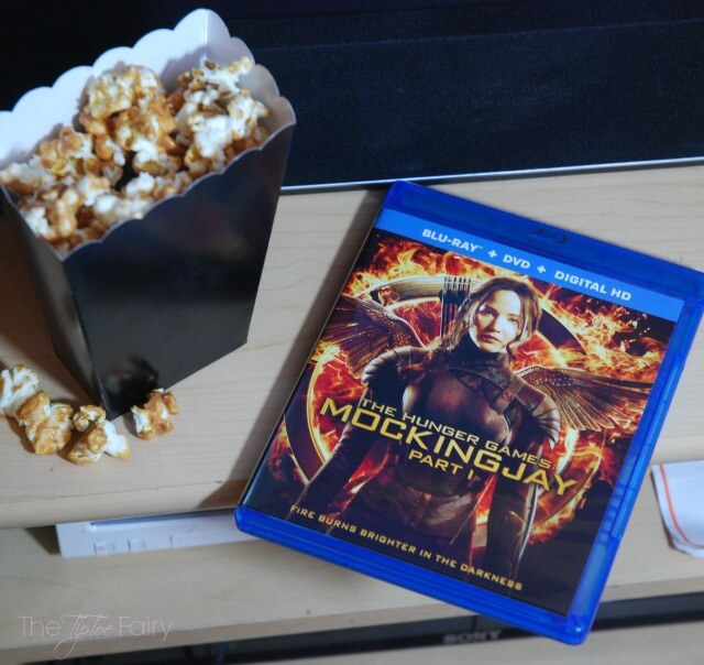 Host a party for The Hunger Games: Mockingjay Part 2 with lots of themed food from Prim's feta dip to Nightlock Tarts! #IC AD #MockingjayFinale | The TipToe Fairy
