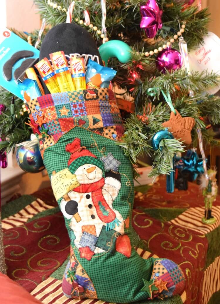 Create a guy-approved stocking & you could $100 gc to Walmart! #SnappyStockingsWM #ad http://bit.ly/2fMVkt5