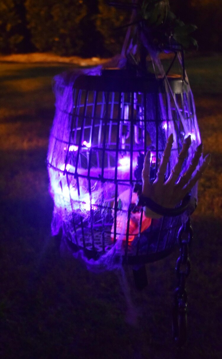 Make this DIY #Halloween Bird Cage w/supplies from @DollarTree! #ad #DollarTree