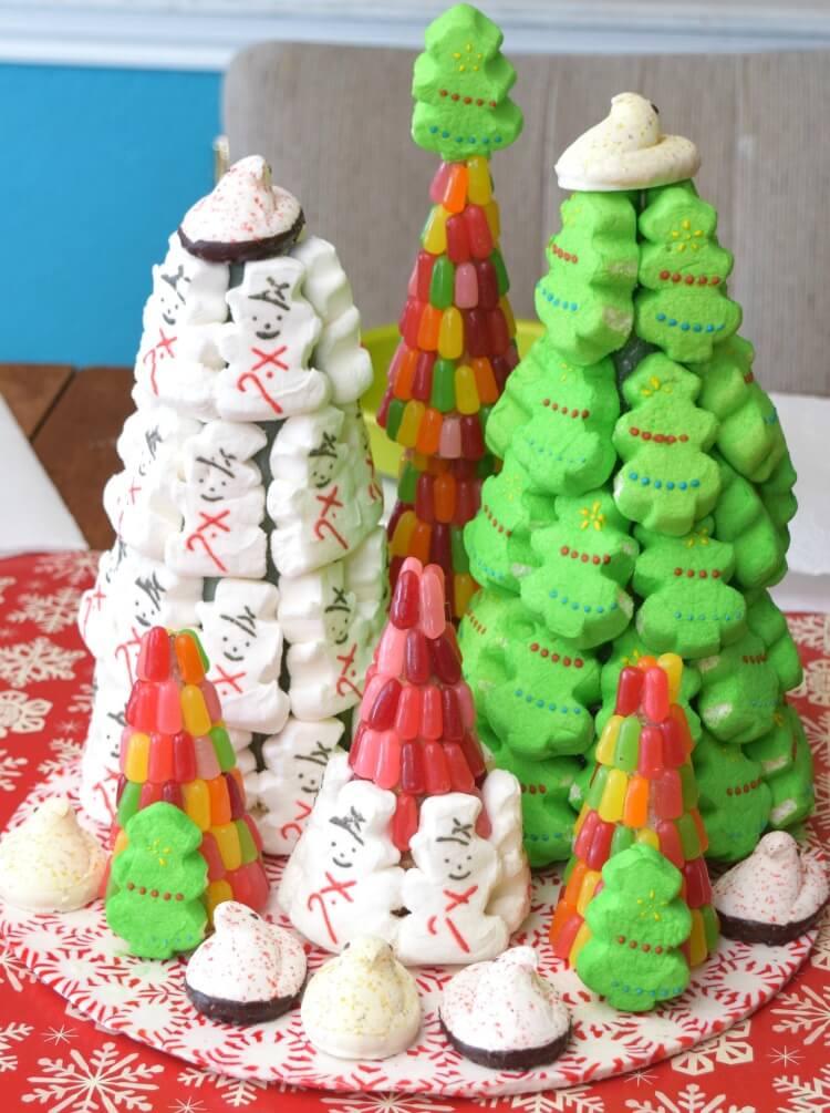 How to Make a PEEPS Christmas Centerpiece with some #PEEPSONALITY! #ad @PeepsBrand @SheSpeaksUp