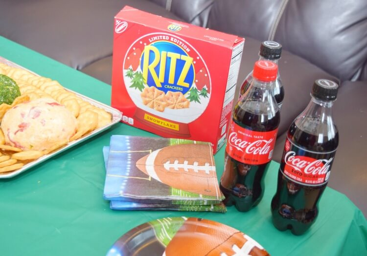 Game Time Snacks w/ @ritzcrackers and @cocacolaunitedstates! #ad #TogetherforGameTime @Walmart @SheSpeaksUp