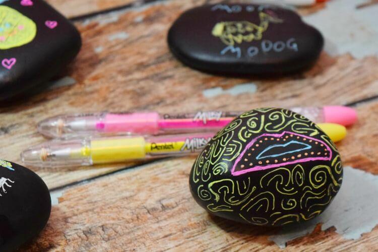 How to Create Rock Art with Pentel Milky gel pens