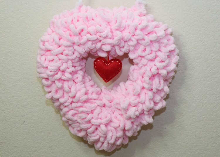 Loopy Yarn Heart Wreath