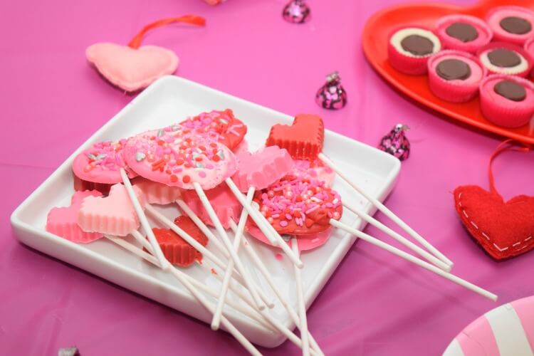 Candy Melt Lollipops without a mold