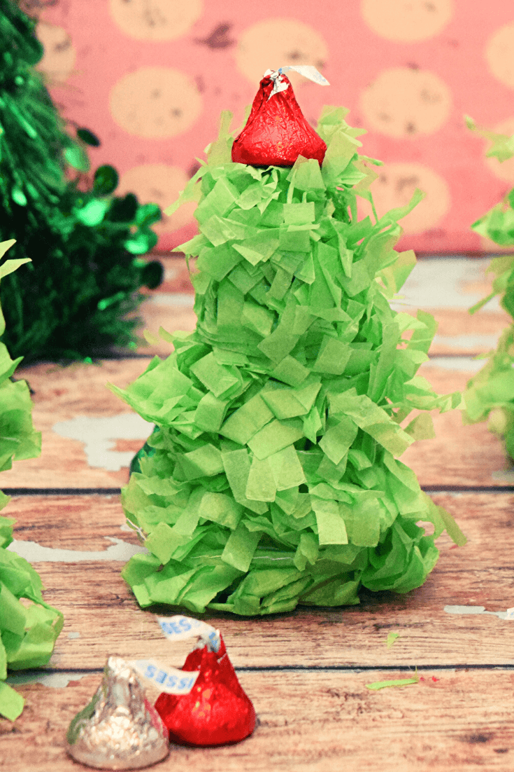 An extremely closeup view of the mini christmas tree pinata.