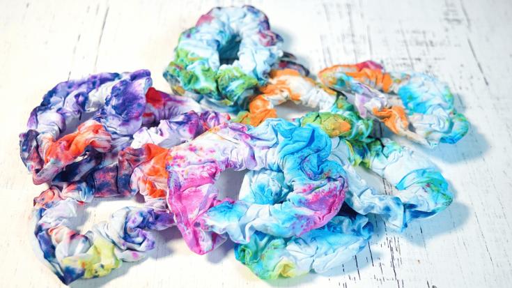 How to Make Mystery Tie Dye Scrunchies