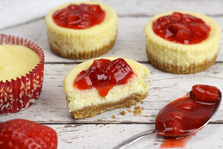 Easy Mini Cheesecakes by The Toasty Kitchen
