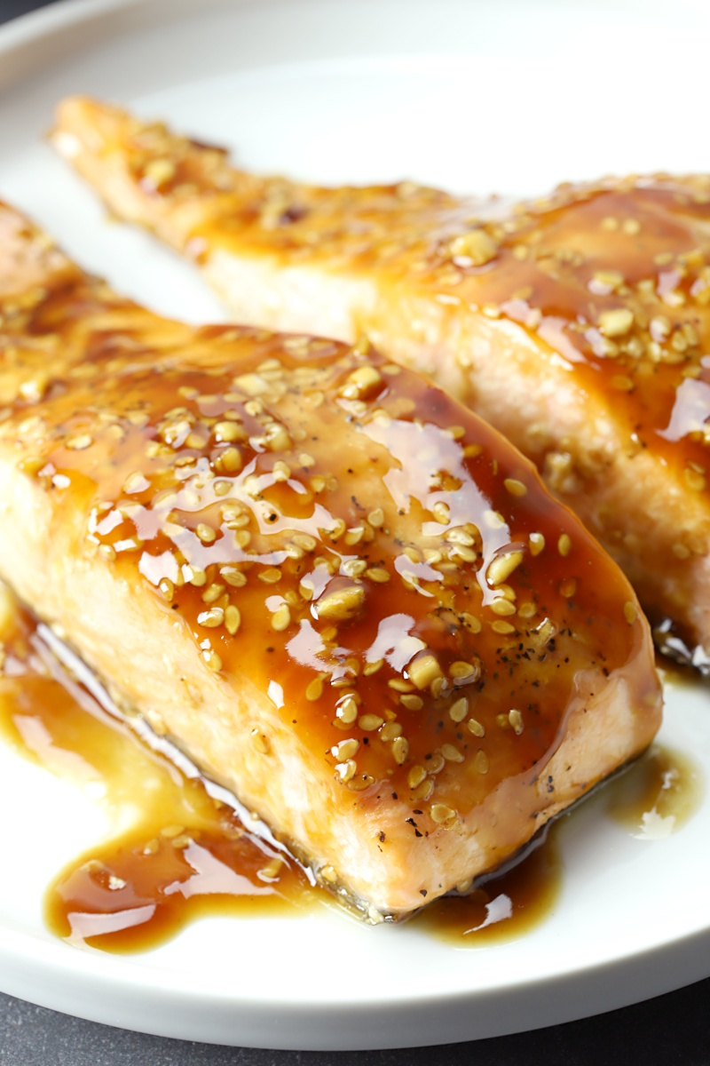 Sesame seeds topping a piece of salmon