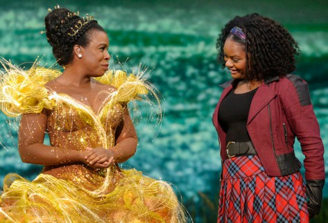 THE WIZ LIVE! -- Pictured: (l-r) Uzo Aduba as Glinda, Shanice Williams as Dorothy -- (Photo by: Virginia Sherwood/NBC)