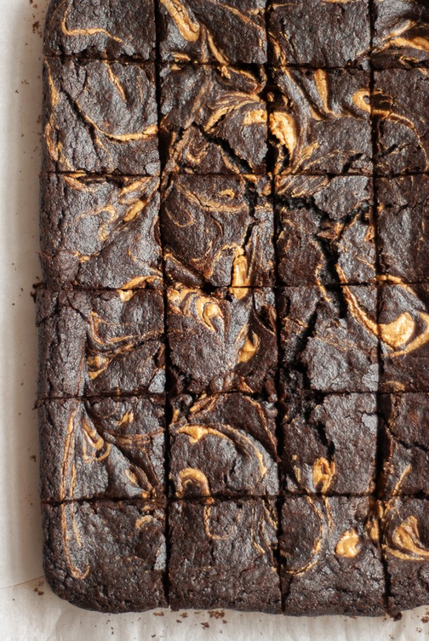 Peanut Butter Swirl Olive Oil Brownies The Tolerant Tummy
