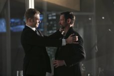 """The Tomorrow People -- """"Brother's Keeper"""" -- Image Number: TP114a_0033.jpg -- Pictured (L-R): Mark Pellegrino as Dr. Jedikiah Price and Jeffrey Pierce as Roger -- Photo: Katie Yu/The CW -- ©2014 The CW Network, LLC. All rights reserved."""