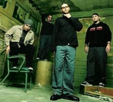 Alien.Ant.Farm-band-2001