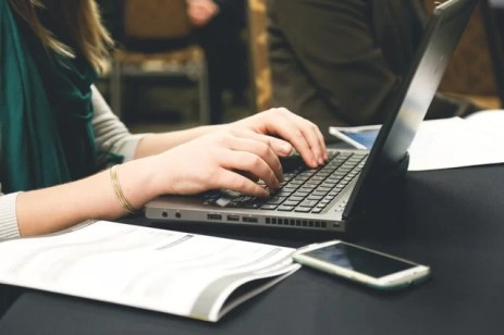 Improving Business Email Writing Skills: 10 Steps