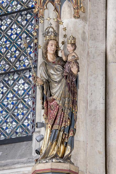 Sculpture of Milan Madonna