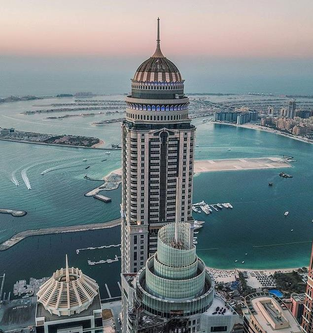 Princess Tower, with Palm Jumeirah at the background