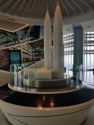 A model of Petronas Towers in the observatory