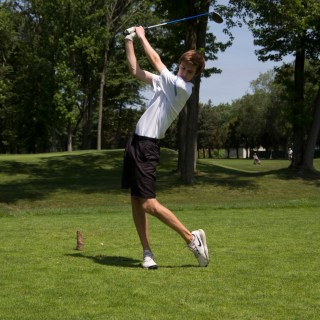 Max Rodewald '15 practices his drive at Princeton Country Club on June 7. Photo: Nathan Drezner